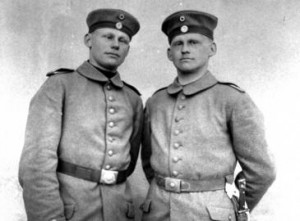 Gemelos pertenecientes a un regimiento de infantería del antiguo Ejército Bávaro. / Drakegoodman