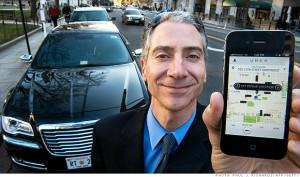 """El sistema en jaque: La aplicación de Uber permite a los clientes solicitar taxis y limusinas cercanos, un servicio """"personalizado"""" y más económico que el taxi."""