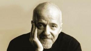"""Paulo Coelho calcula su riqueza neta en US$535 millones. """"Soy, gracias a Dios, hiperrico""""."""