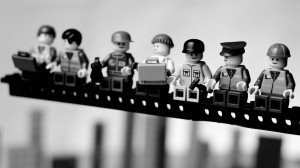 lego-workers-1920x1080