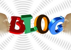 """""""Los blogs y los vlogs (blogs en video) ofrecen un recurso adicional e invaluable para conectarnos con la gente: es información y tendencias que de otra forma nos perderíamos"""". James Fraioli"""